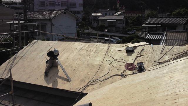 青山建装 屋根工事1